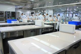 和食・日本料理上級科2年次の実習中です☆