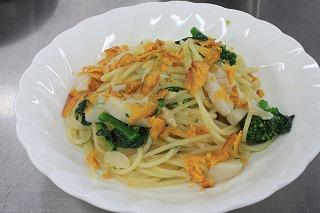 菜の花とイカスミのスパゲティーニ2