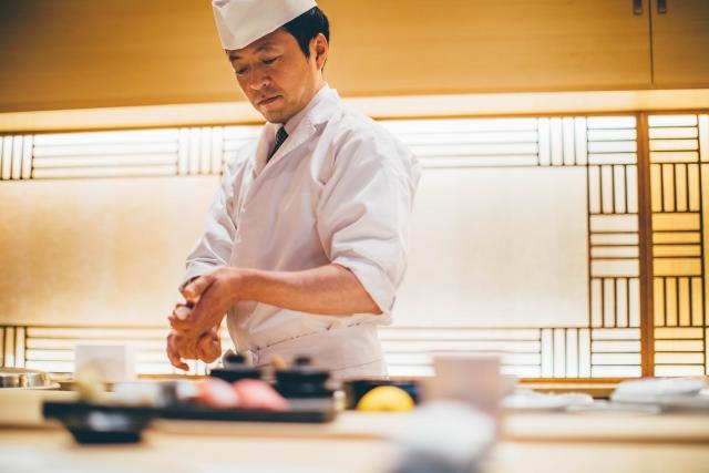 寿司職人なるには、どうすれば良い?