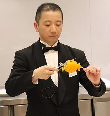 槇塚 康直 先生
