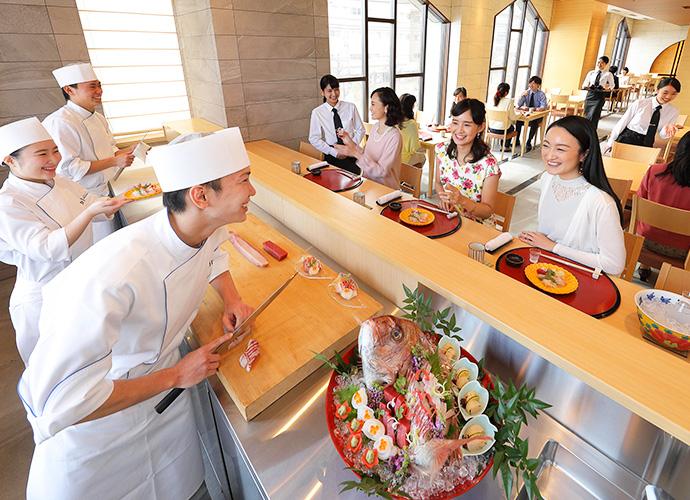 京会席でお客様をおもてなし。和食・日本料理上級科 学生レストラン